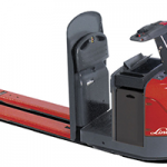 Linde_electric_riding_pallet_truck_6,000-8,000lbs.