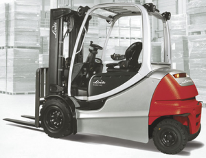 Linde_electric_forklift_8,000-11,000lbs_80volts
